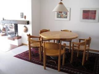Sonnige 3.5 Zimmerwohnung mit Bergsicht und Einzelgarage bei Savognin (2)