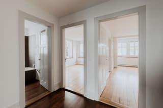Gepflegtes Dreifamilienhaus an ruhiger und zentraler Lage (2)