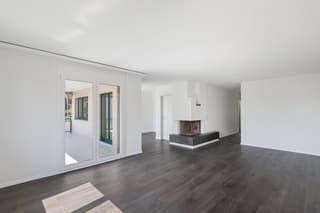 Wohnung Erstvermietung nach Total-Sanierung in Unterengstringen (4)