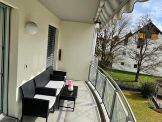 Moderne 2 ½ Zimmer Wohnung mit Balkon (4)