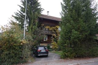 Wohnhaus mit Nebengebäude an schöner und sehr zentraler Lage in Emmenbrücke (4)