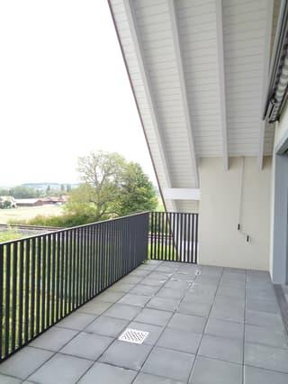 3.5-Zimmer-Dachwohnung mit 2 Balkonen per sofort oder nach Vereinbarung (3)