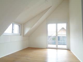 3.5-Zimmer-Dachwohnung mit 2 Balkonen per sofort oder nach Vereinbarung (4)