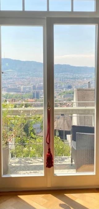 Herrschaftliche Altbauvilla mit Einliegerwohnung hoch über Zürich (2)