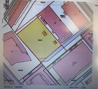 grosser befestigter Platz oder einzelne Parkplätze in zentraler Gewerbezone von Bülach zu vermieten (3)