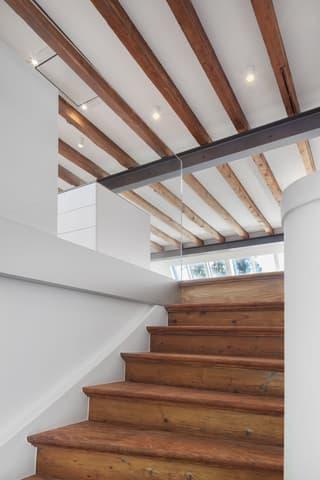 Zentrale, topsanierte Altbau Maisonettewohnung am Spalentor (4)