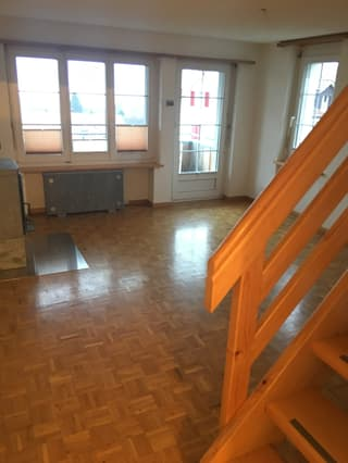 3,5 Zimmer Maisonette- Dachwohnung mit besonderem Charm in Adetswil (4)