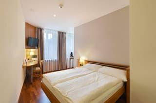 Möblierte 4.5 Zimmer Wohnung (4)