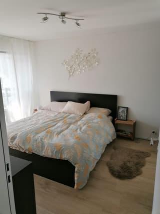 Freundliche helle Neubauwohnung mitten im Zentrum Wallisellen (4)