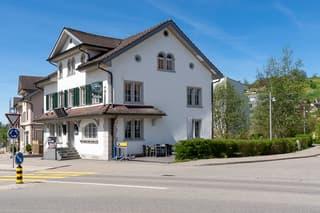 Wohn-/Geschäftshaus in Wald ZH (2)