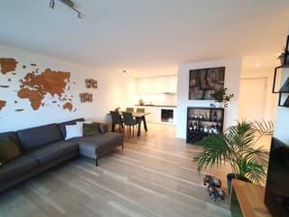 2.5 Zimmer - Eigentum-Standard - modern - grosser Balkon (2)