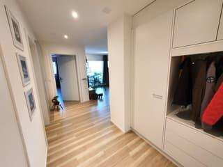 2.5 Zimmer - Eigentum-Standard - modern - grosser Balkon (4)