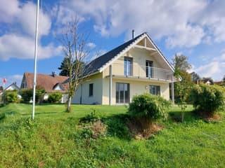 Einfamilienhaus mit grossem Garten und Weitsicht (2)