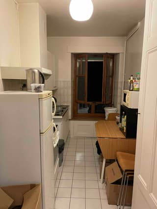 Magnifique appartement 2.5 pcs à EAUX-VIVES à remettre au 01/12 ou 15/12 (2)