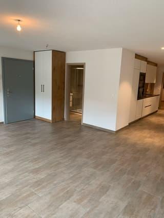 Bel appartement aec mezzanine dans immeuble rénové à Moudon composé (4)