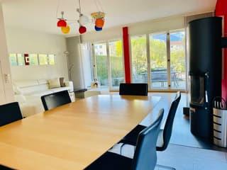 Grosszügiges Einfamilienhaus in beliebtem Wohnquartier (2)