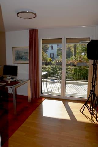Grosse Einliegerwohnung mit zwei Balkonen (3)
