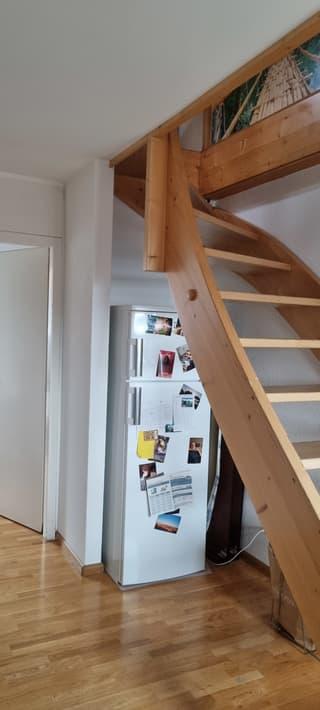 ruhige Dachwohnung mit Pfiff auf zwei Etagen Bern Zentrum Victoriaplatz Wochenaufenthalter (4)