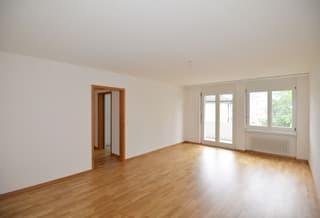 Sonnige Wohnung mit eigenem Bastelraum - 1x Monatmietzins geschenkt! (3)