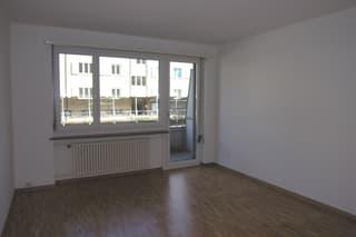 Modernes Zuhause an verkehrsgünstiger Lage! (2)