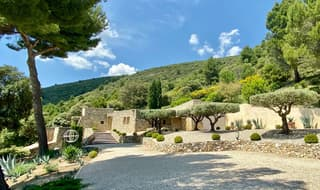 Un lieu unique en Provence (2)