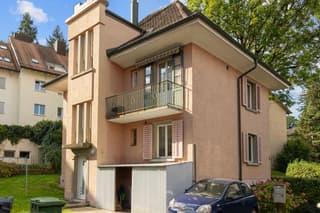 Freistehendes Zweiparteienhaus mit interessantem Potenzial in Zürich Nord (2)