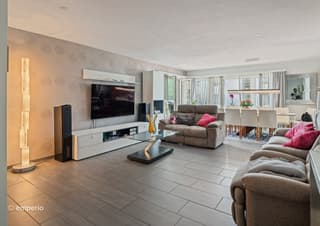 Grosszügig und modern - traumhafte 4.5-Zimmer-Familienwohnung mit Stil (2)