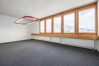 Attraktive Büroräumlichkeiten im 2. OG ? Ihre neue Arbeitsumgebung! (3)