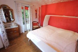 3 1/2-Zimmer-Garten-Wohnung mit 3 Balkonen und Seeblick / appartamento di 3 1/2 locali con 3 balconi con vista lago (3)