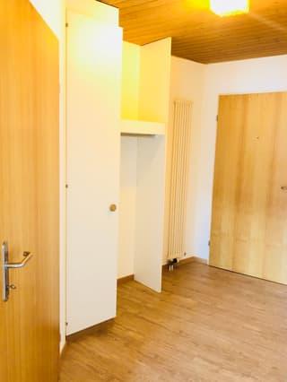 Originelle 3.5-Zimmer-Dachwohnung mit der neuen Küche! (4)