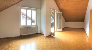 Originelle 3.5-Zimmer-Dachwohnung mit der neuen Küche! (2)