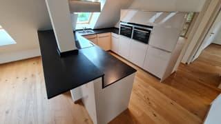 Küche mit einer Bar