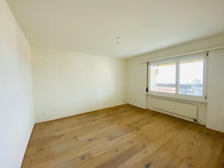 Zimmer mit schönem Parkettboden