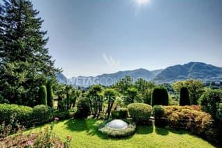 Villa am Stadtrand von Lugano mit Teilblick auf den Luganersee zu verkaufen (2)