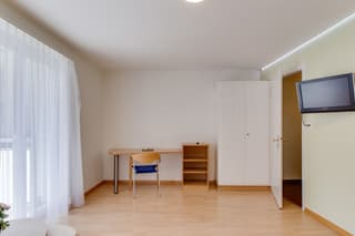 ruhige Lage in Seenähe mit Balkon / Close to the  lake with balcony! (3)