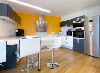 Moderna villa con tanto spazio e vista aperta! (4)