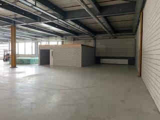 Teilfläche in modernem Hallenbau mit Lagerfläche und Büro- und Personalräumen zu vermieten (4)