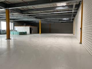 Teilfläche in modernem Hallenbau mit Lagerfläche und Büro- und Personalräumen zu vermieten (2)