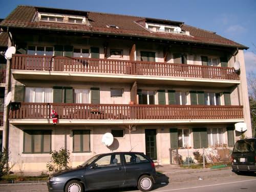 Appartement de 4 pièces, traversant avec balcon.