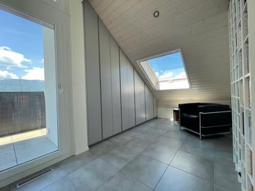 Superbe attique de qualité 3,5 pièces moderne et lumineux