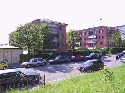 Place de parc intérieure vélomoteur