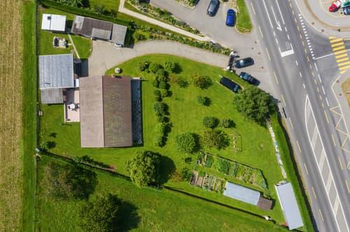 Terrain constructible de 2'221 m² en zone de villas