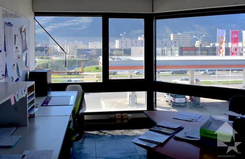 A louer, surface commerciale d'env. 45 m2 une situation optimale