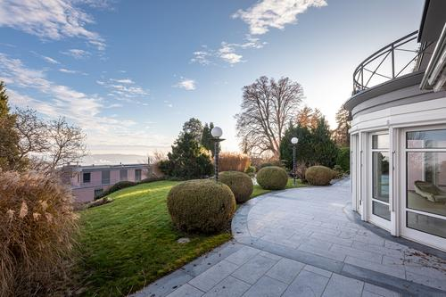 Grand jardin arboré / Grosser gepflegter Garten / Large arboreal garden
