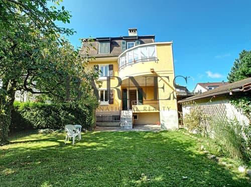 Maison locative de 3 logements; idéal pour investisseurs ou grande famille !