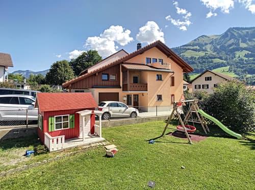 Charmante maison de 6.5 pièces en exclusivité à Albeuve