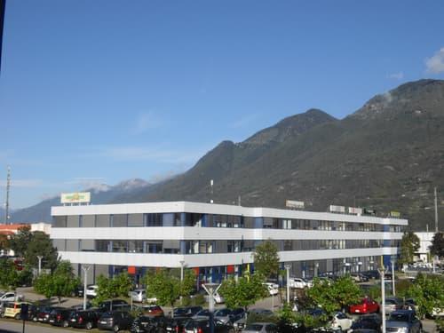 Centro Monda A, Camorino - Superficie di 190 m2 al secondo piano ad uso ufficio