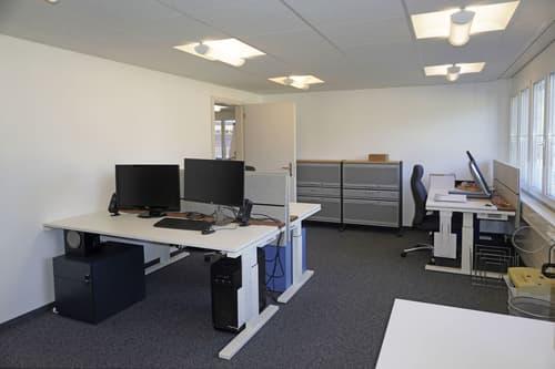 geräumige Büroräume