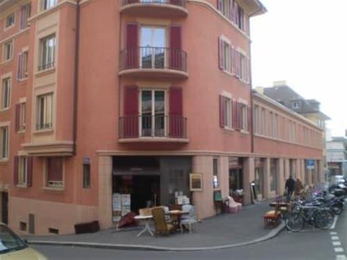 03335 - Place parc à vélos - Passage de Montriond 2 - Lausanne
