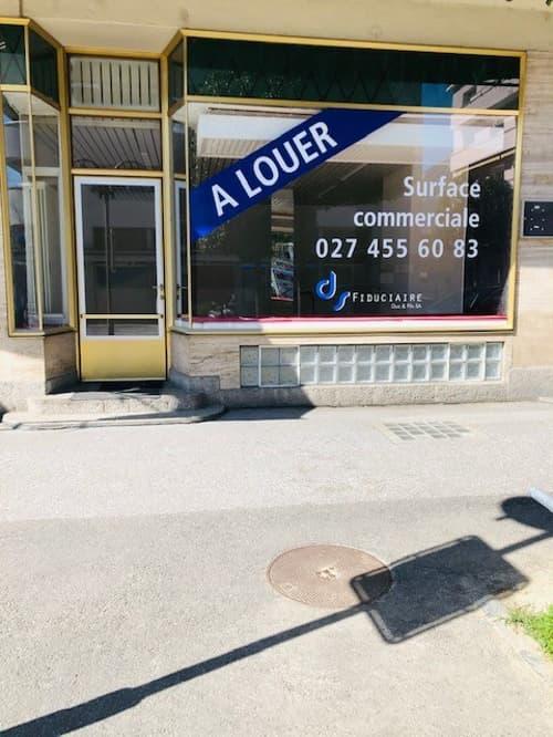 A LOUER - Local commercial au centre de Sierre